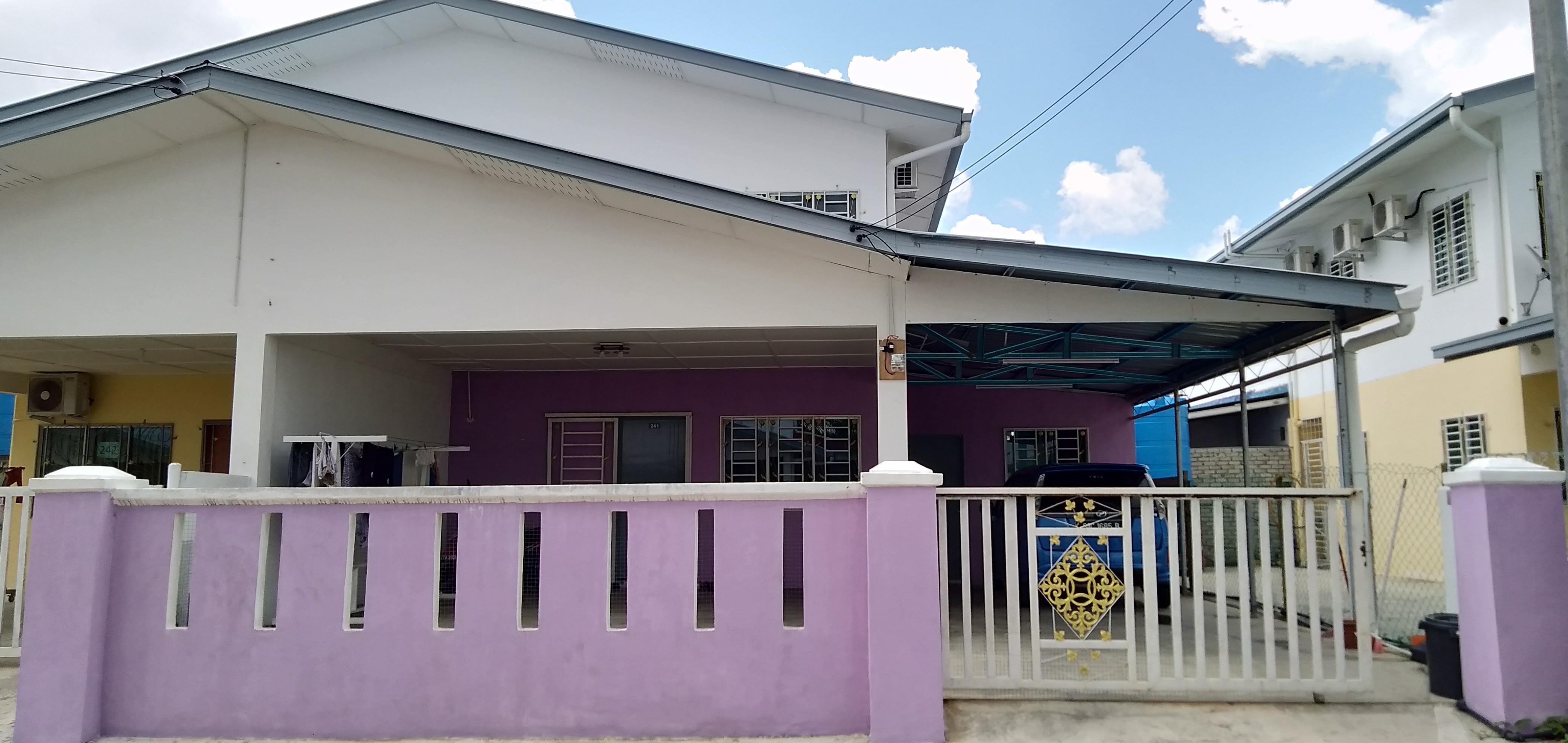 Purple homestay